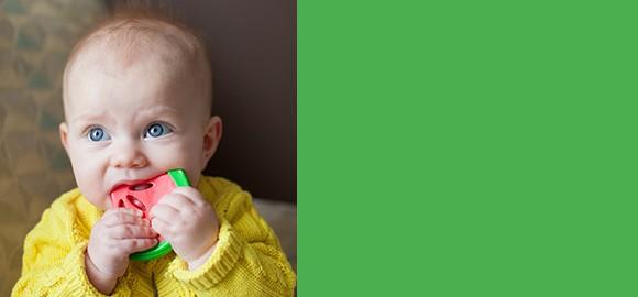 Jucării pentru dentiţia bebeluşului